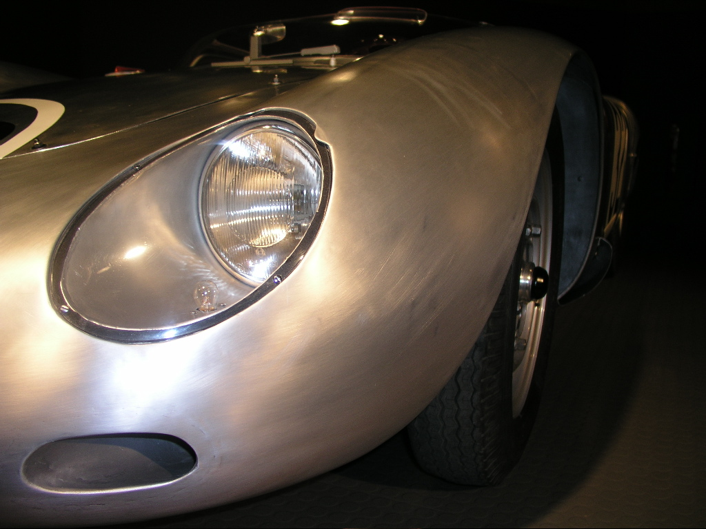 Collier Automotive Museum: 2004 Forza Amelia Daily Web Diary: The Collier Museum